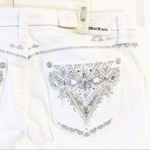 Grace in LA White Denim Capris Size 33 waist